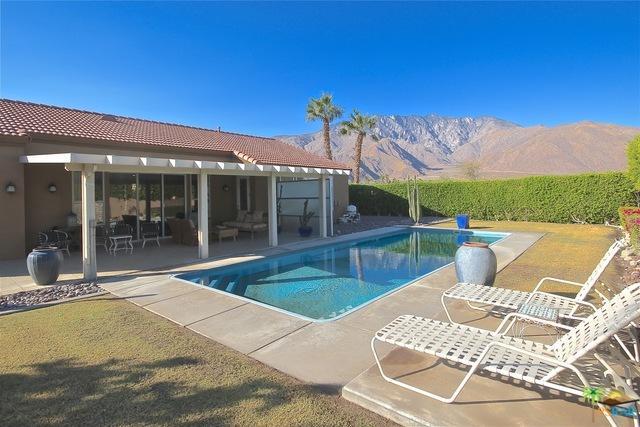 1042 E Via San Michael Road, Palm Springs, CA 92262 (MLS #17282330PS) :: Brad Schmett Real Estate Group