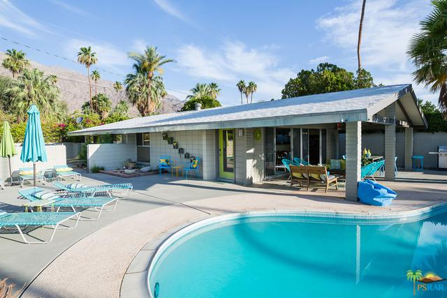 840 E Camino Parocela, Palm Springs, CA 92264 (MLS #17282710PS) :: Brad Schmett Real Estate Group
