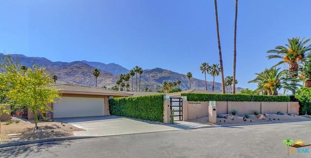 2151 Silverado Circle, Palm Springs, CA 92264 (MLS #17282716PS) :: Deirdre Coit and Associates