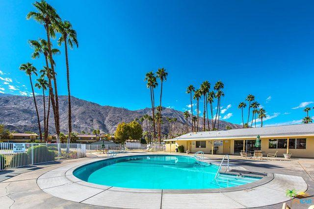 216 Lei Drive, Palm Springs, CA 92264 (MLS #17282760PS) :: Deirdre Coit and Associates