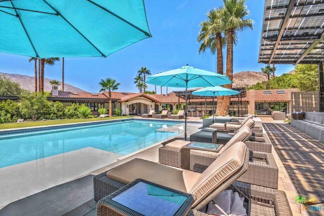 3580 Andreas Hills Drive, Palm Springs, CA 92264 (MLS #17288760PS) :: Brad Schmett Real Estate Group