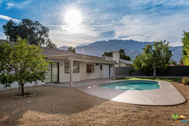 2140 E Rochelle Road, Palm Springs, CA 92262 (MLS #17288814PS) :: Brad Schmett Real Estate Group