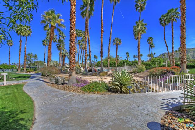 2696 S Sierra Madre A19, Palm Springs, CA 92264 (MLS #17291240PS) :: Brad Schmett Real Estate Group