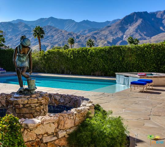 1677 Hillview Cove, Palm Springs, CA 92264 (MLS #17294604PS) :: Brad Schmett Real Estate Group
