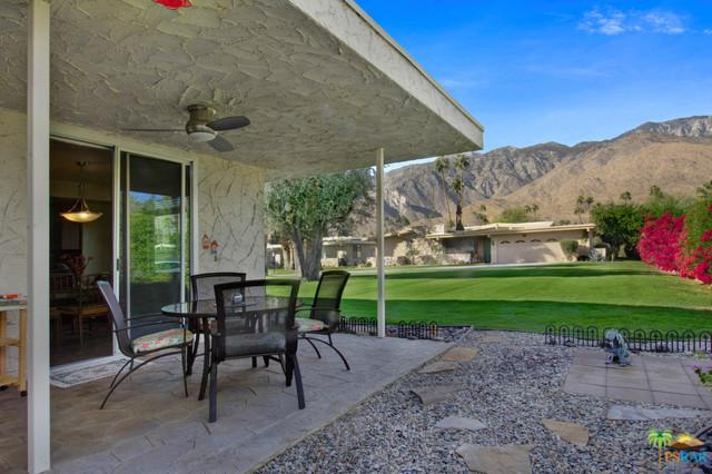 1588 Bolero Circle, Palm Springs, CA 92264 (MLS #17295388PS) :: Brad Schmett Real Estate Group
