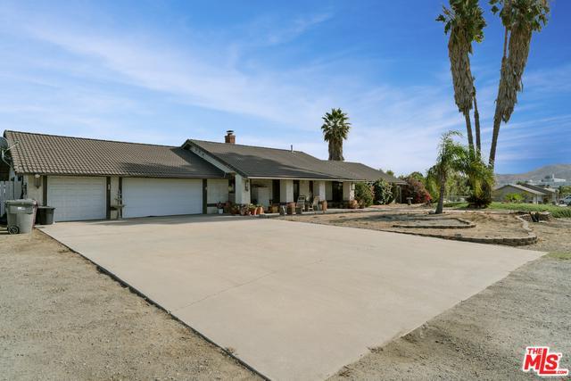 14050 Blue Ribbon Lane, Moreno Valley, CA 92555 (MLS #17295800) :: Team Wasserman
