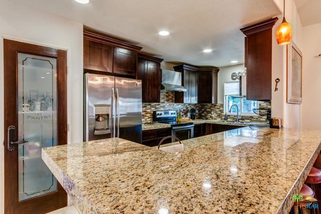 51422 Calle Iloilo, La Quinta, CA 92253 (MLS #17296052PS) :: Brad Schmett Real Estate Group