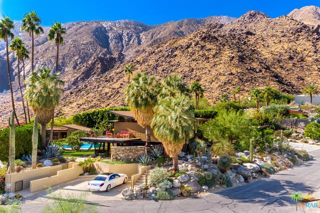 1011 W Cielo Drive, Palm Springs, CA 92262 (MLS #17297012PS) :: Brad Schmett Real Estate Group