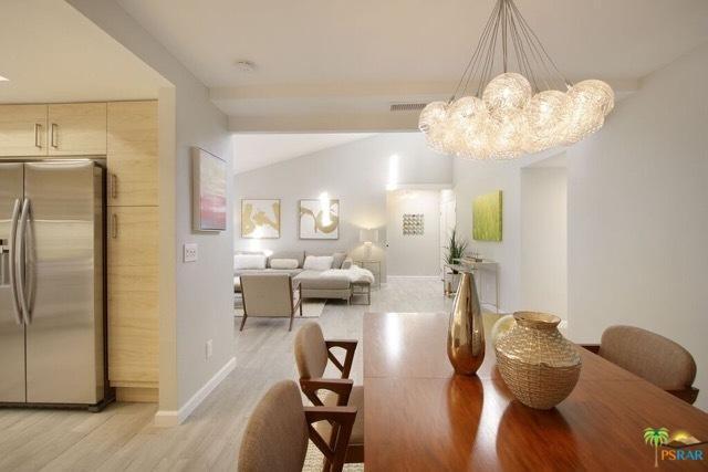 3155 E Ramon Road #308, Palm Springs, CA 92264 (MLS #17297308PS) :: Brad Schmett Real Estate Group