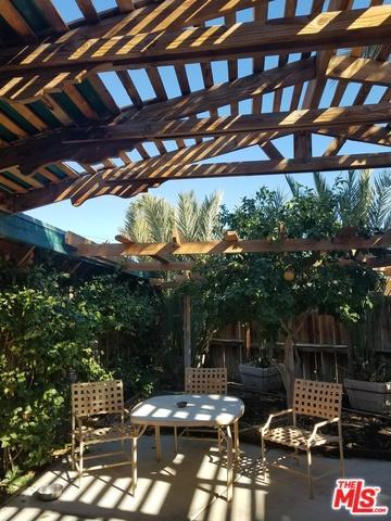 83176 Dillon Avenue, Indio, CA 92201 (MLS #17297566) :: Brad Schmett Real Estate Group