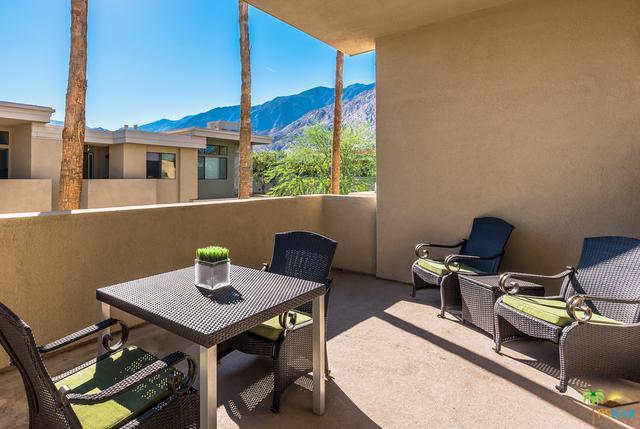 1010 E Palm Canyon Drive #202, Palm Springs, CA 92264 (MLS #18298738PS) :: Brad Schmett Real Estate Group