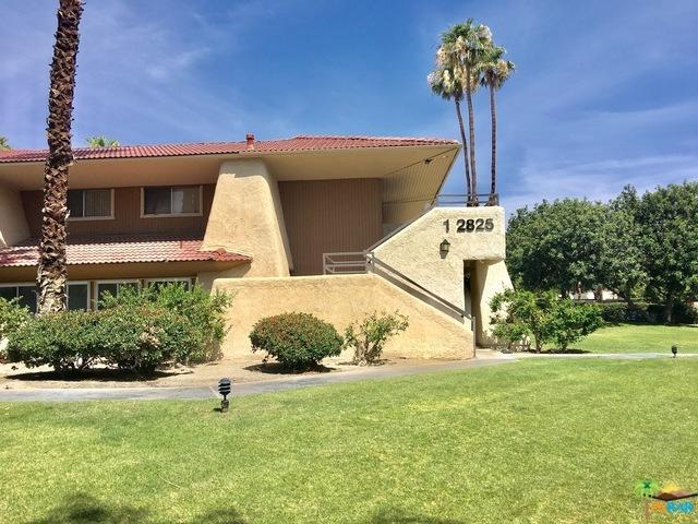 2825 N Los Felices Road #214, Palm Springs, CA 92262 (MLS #18299262PS) :: Brad Schmett Real Estate Group