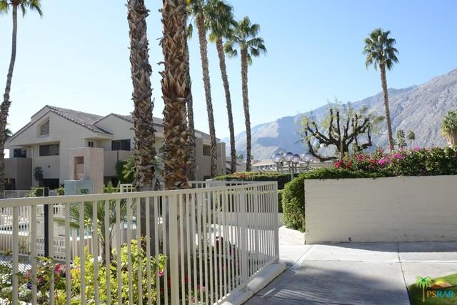 222 N Calle El Segundo #525, Palm Springs, CA 92262 (MLS #18299792PS) :: The John Jay Group - Bennion Deville Homes