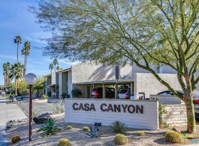 221 E La Verne Way E, Palm Springs, CA 92264 (MLS #18299944PS) :: Brad Schmett Real Estate Group