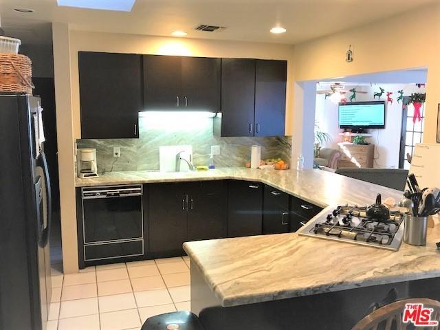 74130 El Cortez Way, Palm Desert, CA 92260 (MLS #18300788) :: Brad Schmett Real Estate Group
