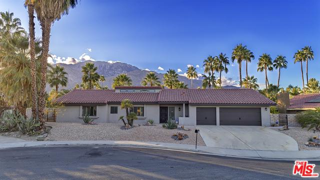 1575 S San Mateo Drive, Palm Springs, CA 92264 (MLS #18301336) :: Brad Schmett Real Estate Group
