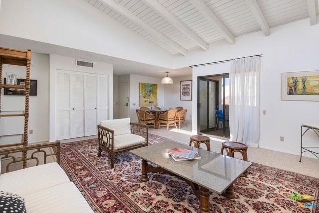 2098 Normandy Court, Palm Springs, CA 92264 (MLS #18301478PS) :: Deirdre Coit and Associates