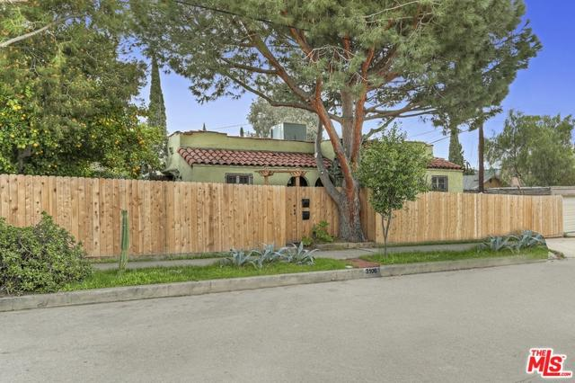 3104 Silver Lake, Los Angeles (City), CA 90039 (MLS #18302098) :: The John Jay Group - Bennion Deville Homes
