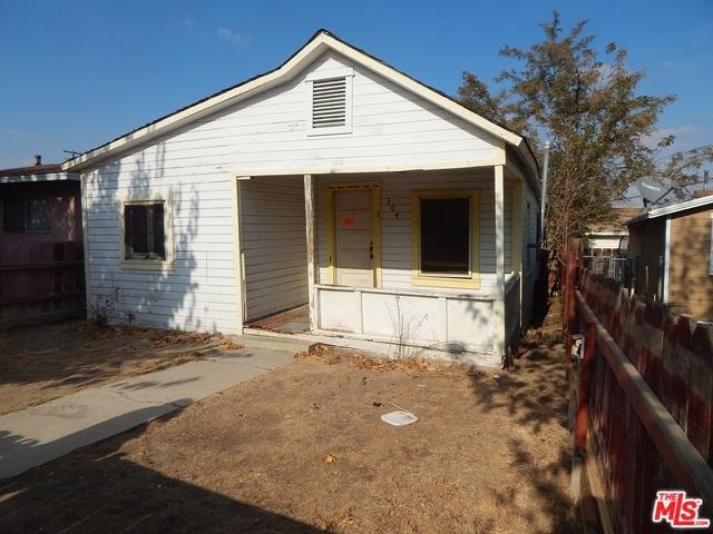 304 San Emidio, Taft, CA 93268 (MLS #18302148) :: The John Jay Group - Bennion Deville Homes