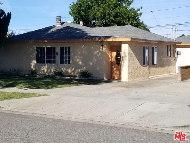 1123 Greenhedge Street, Torrance, CA 90502 (MLS #18303222) :: The John Jay Group - Bennion Deville Homes