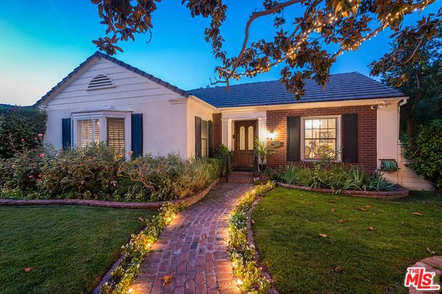 10403 Valley Spring Lane, Toluca Lake, CA 91602 (MLS #18304630) :: The John Jay Group - Bennion Deville Homes