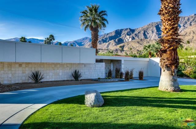 973 E La Jolla Road, Palm Springs, CA 92264 (MLS #18304758PS) :: Hacienda Group Inc