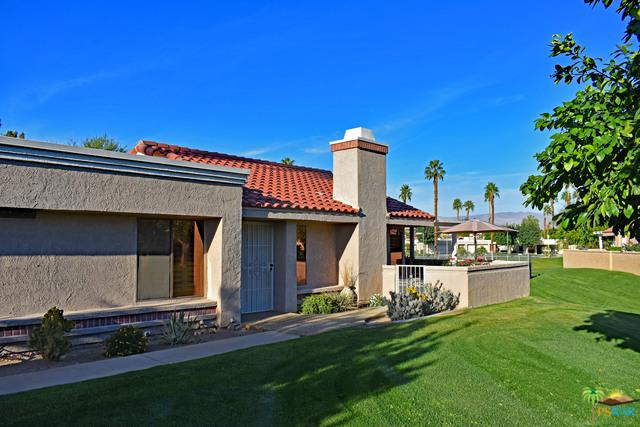 41774 Navarre Court, Palm Desert, CA 92260 (MLS #18304770PS) :: The John Jay Group - Bennion Deville Homes