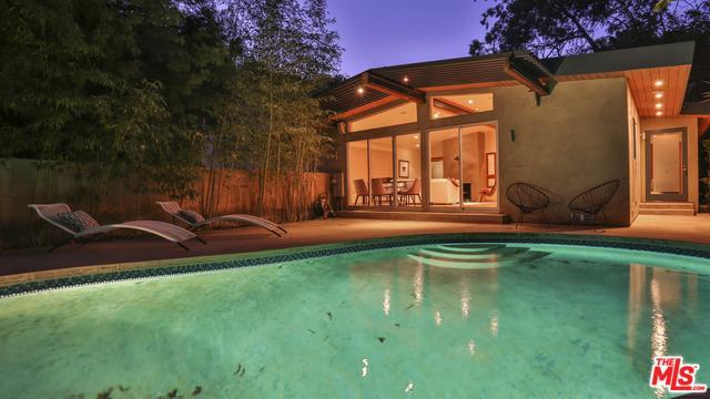 7507 Willow Glen Road, Los Angeles (City), CA 90046 (MLS #18305148) :: The John Jay Group - Bennion Deville Homes
