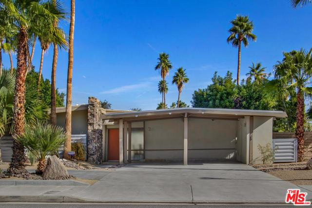 210 N Farrell Drive, Palm Springs, CA 92262 (MLS #18305648) :: Team Wasserman