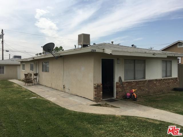 505 Goodman Street, Bakersfield, CA 93305 (MLS #18306678) :: Deirdre Coit and Associates