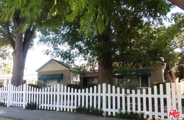 7332 Alabama Avenue, Canoga Park, CA 91303 (MLS #18308376) :: Hacienda Group Inc