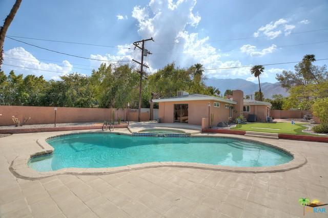 153 W Santa Clara Way, Palm Springs, CA 92262 (MLS #18309794PS) :: Team Wasserman