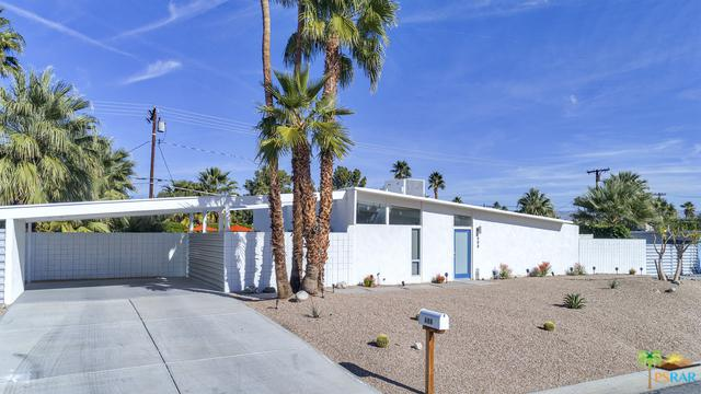 688 E Spencer Drive, Palm Springs, CA 92262 (MLS #18310096PS) :: Brad Schmett Real Estate Group