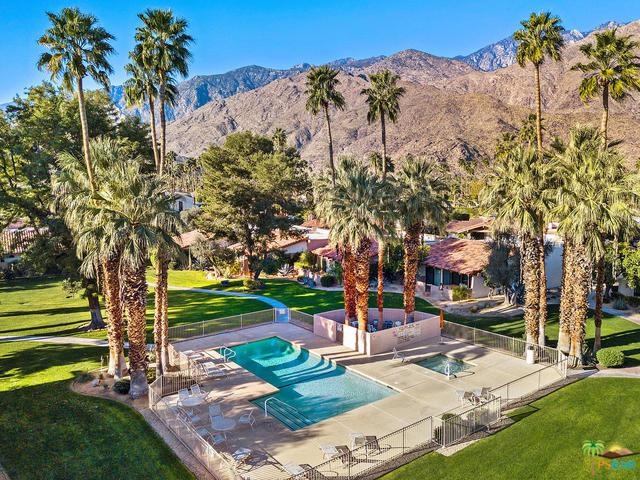 1245 Otono Drive, Palm Springs, CA 92264 (MLS #18311418PS) :: The John Jay Group - Bennion Deville Homes
