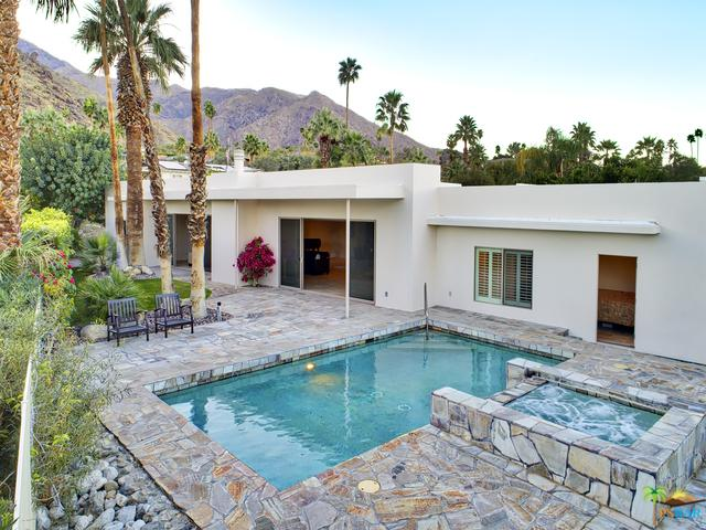 855 W Panorama Road, Palm Springs, CA 92262 (MLS #18311592PS) :: The John Jay Group - Bennion Deville Homes
