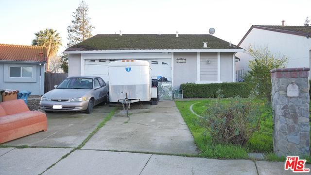 2325 Cypress Street, Antioch, CA 94509 (MLS #18312018) :: The John Jay Group - Bennion Deville Homes