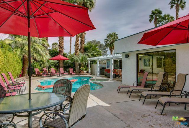 3598 E Escoba Drive, Palm Springs, CA 92264 (MLS #18312912PS) :: The John Jay Group - Bennion Deville Homes