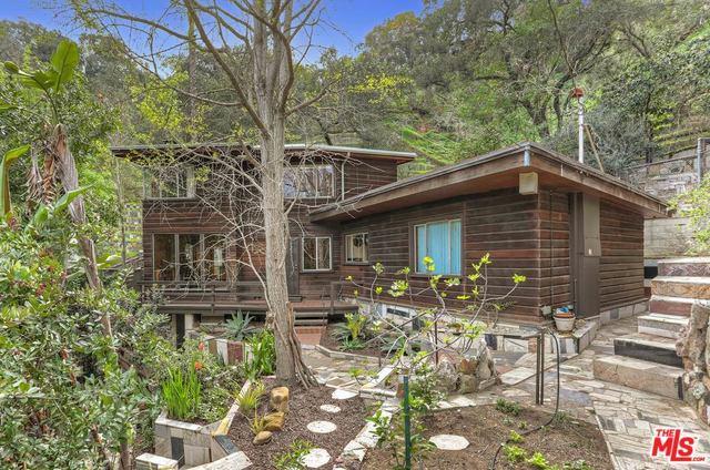 1964 Landa Street, Los Angeles (City), CA 90039 (MLS #18313132) :: The John Jay Group - Bennion Deville Homes