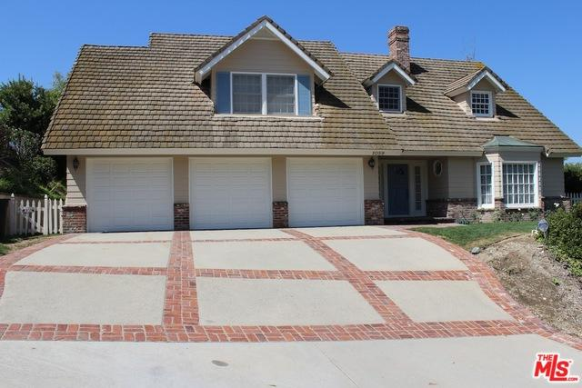 1059 Holiday Drive, West Covina, CA 91791 (MLS #18313496) :: The John Jay Group - Bennion Deville Homes