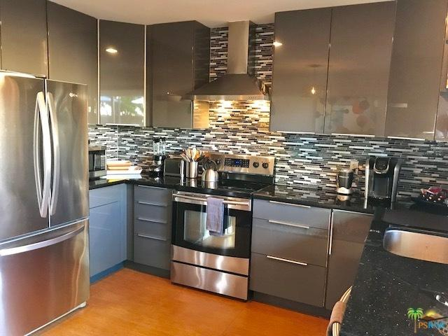 1268 E Ramon Road #5, Palm Springs, CA 92264 (MLS #18315252PS) :: Brad Schmett Real Estate Group