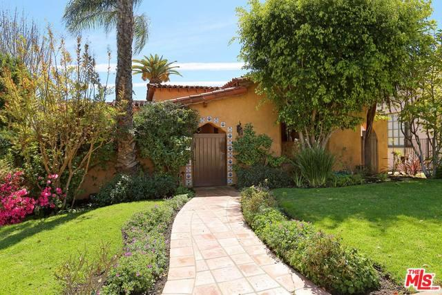 10850 Rochester Avenue, Los Angeles (City), CA 90024 (MLS #18315396) :: The John Jay Group - Bennion Deville Homes