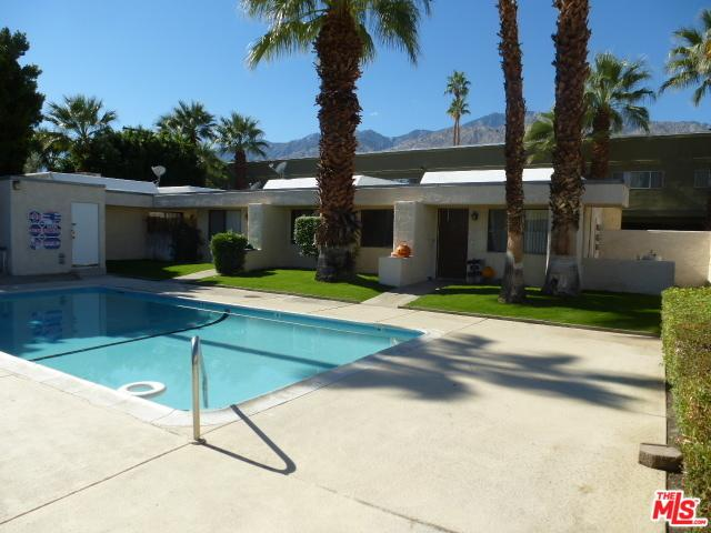 311 N Saturmino Drive, Palm Springs, CA 92262 (MLS #18315516) :: The John Jay Group - Bennion Deville Homes