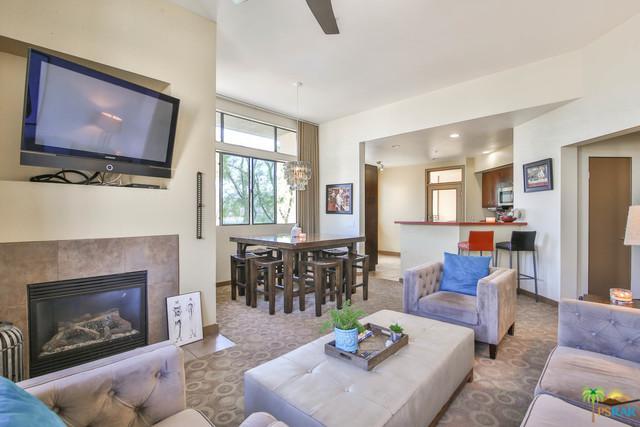 810 E Palm Canyon Drive #201, Palm Springs, CA 92264 (MLS #18315536PS) :: Brad Schmett Real Estate Group