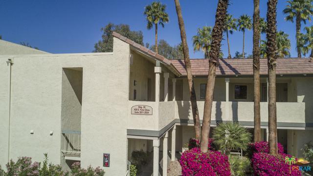 450 E Vista Chino #2023, Palm Springs, CA 92262 (MLS #18316018PS) :: Brad Schmett Real Estate Group