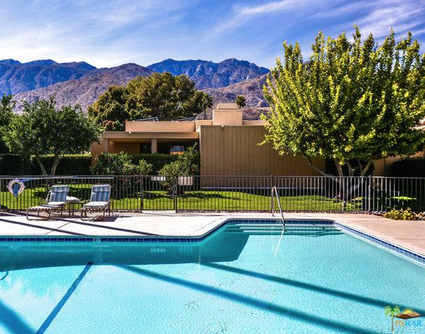 1839 Via Isla, Palm Springs, CA 92264 (MLS #18316124PS) :: The John Jay Group - Bennion Deville Homes