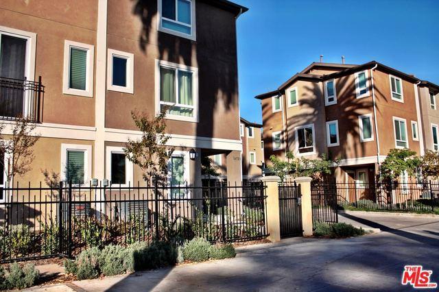 14713 Sherman Way, Van Nuys, CA 91405 (MLS #18316166) :: The John Jay Group - Bennion Deville Homes