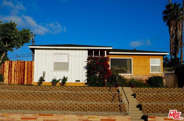 11802 Spinning Avenue, Hawthorne, CA 90250 (MLS #18316174) :: The John Jay Group - Bennion Deville Homes