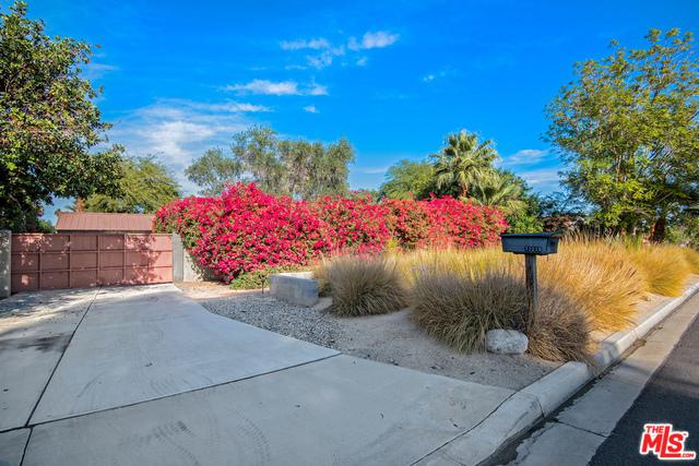72220 Rancho Road, Rancho Mirage, CA 92270 (MLS #18316428) :: Brad Schmett Real Estate Group