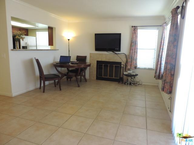 43376 Cook Street #31, Palm Desert, CA 92211 (MLS #18317052PS) :: The John Jay Group - Bennion Deville Homes