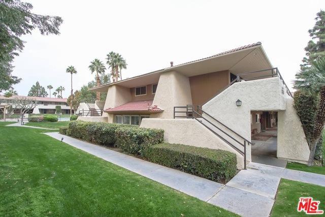 575 N Villa Court #217, Palm Springs, CA 92262 (MLS #18317824) :: Brad Schmett Real Estate Group